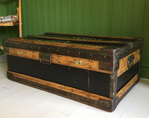ANTIQUE CAMPAIGN CHEST WW1 Military Industrial Wooden Trunk Coffee Table Vintage Storage Box + Original Zinc Lining + Key