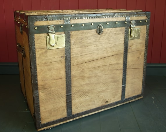 Antique Steamer Trunk Pine Blanket Chest Old Storage Travel Trunk Vintage Box Coffee or Console Table