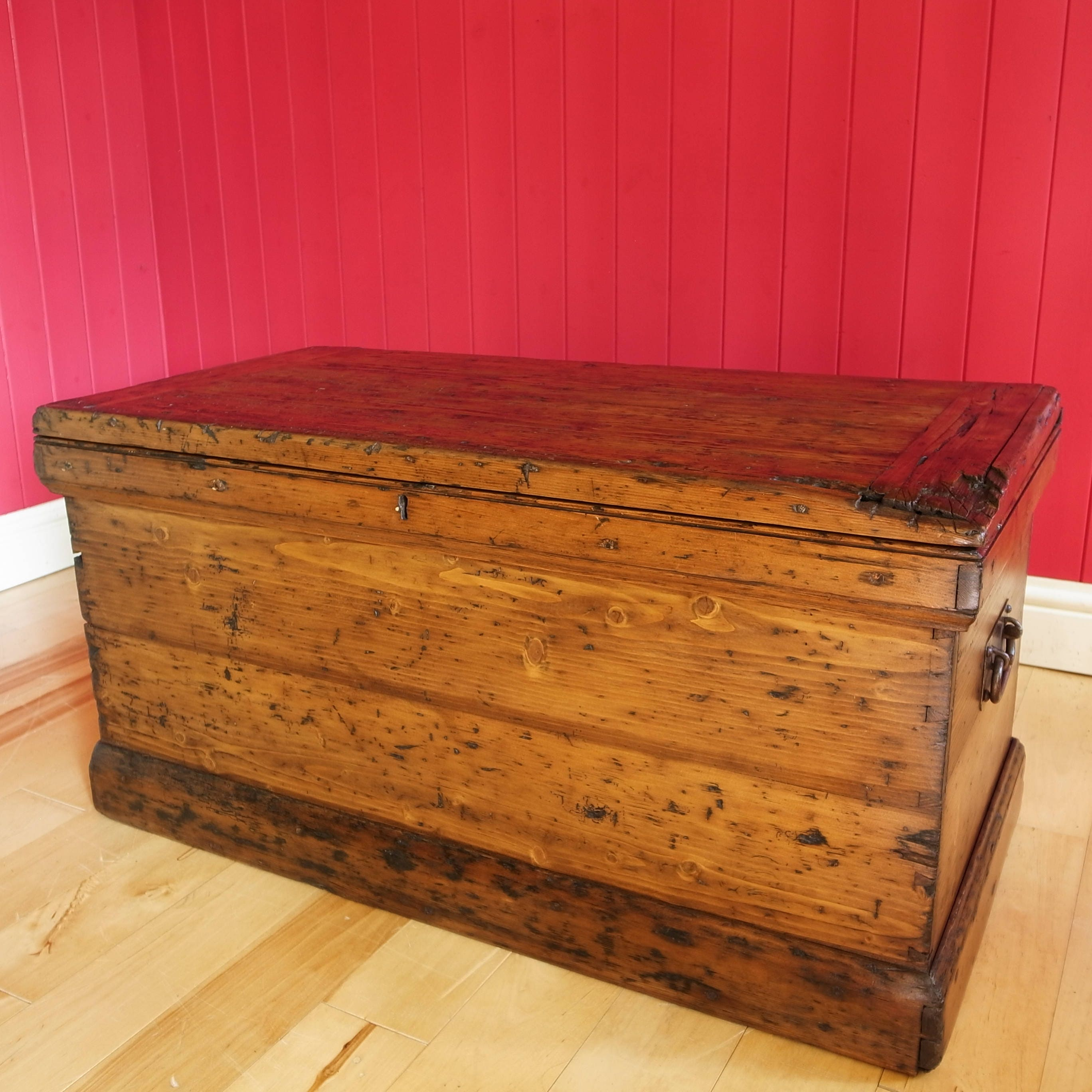 Antique Victorian Rustic Wooden Chest Coffee Table