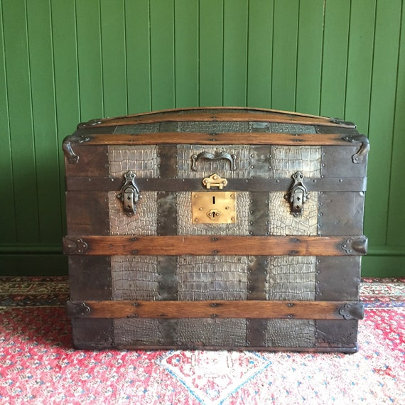 ANTIQUE Steamer TRUNK Victorian Dome Top CHEST Old Metal Storage Box Gothic Steampunk Style