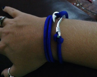 Blue paracord bracelet with fish hook