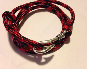Paracord fish hook bracelet adjustable