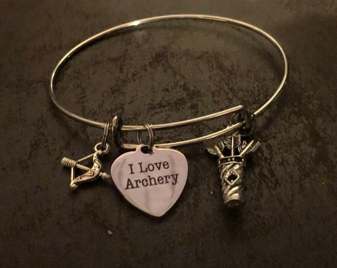 Archery bangle bracelet