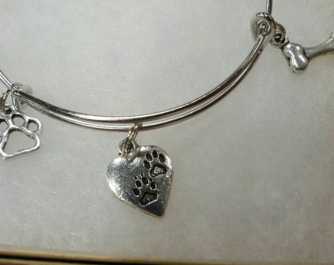 Dog love bangle bracelet