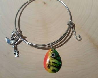 Fish lure bangle bracelet