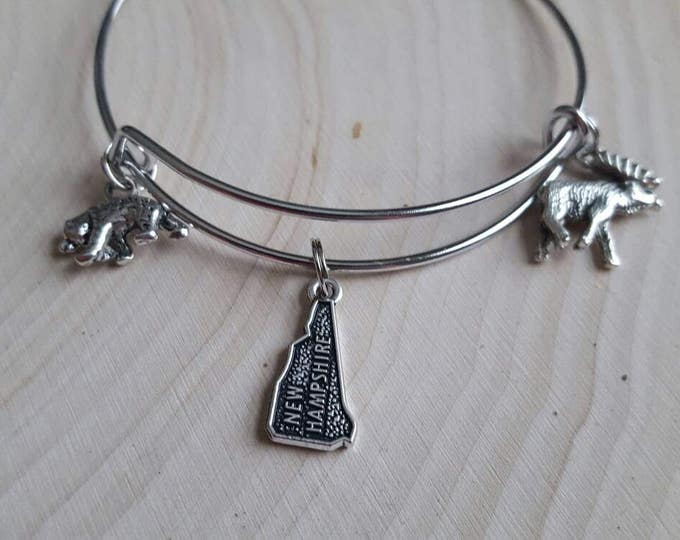 New Hampshire bear and moose bangle
