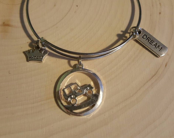 Jeep Princess Bangle Bracelet