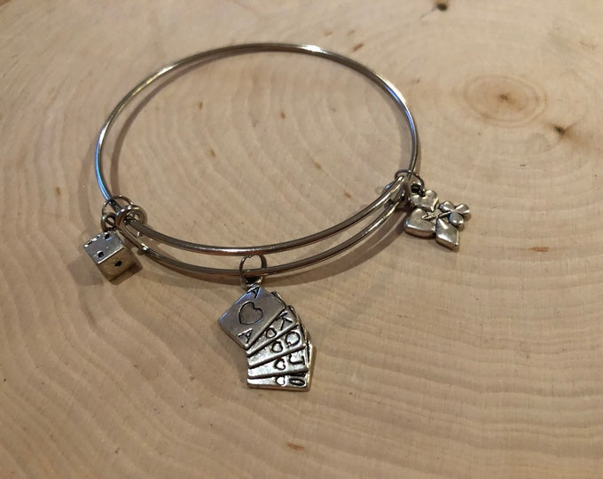 Gambling bangle bracelet