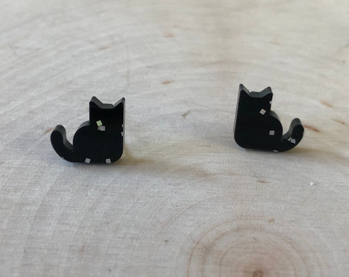Black cat studs, stainless steel posts