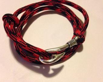 Paracord fish hook bracelet adjustable