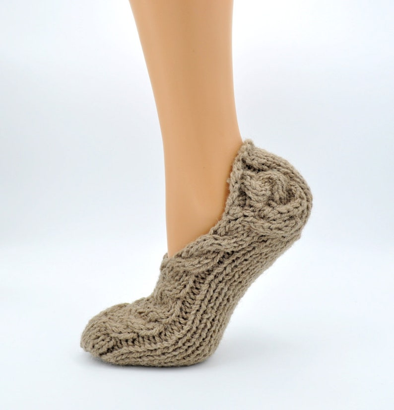 Women Slippers Hand Knit from 100% Lithuanian Wool image 0