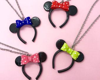 f75dce4dcfd7 Colgante diadema de orejas de Minnie Mouse en miniatura de Disney. Elige tu  lazo!