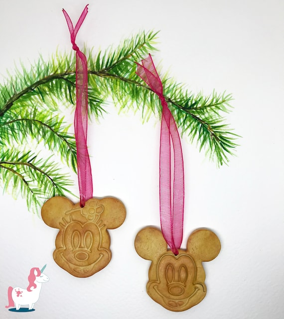 Mickey And Minnie Mouse Christmas Tree Decorations.Disney Mickey And Minnie Mouse Christmas Tree Ornaments