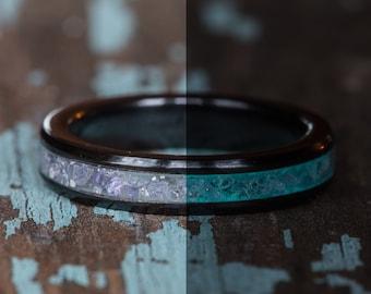 Glowing Tanzanite Black Ceramic Stacking Ring