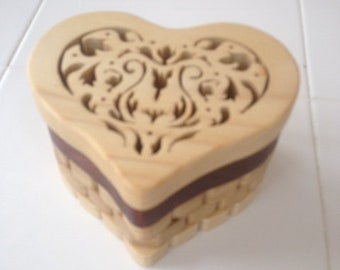 Fretwork heart-shaped jewelry/trinket box