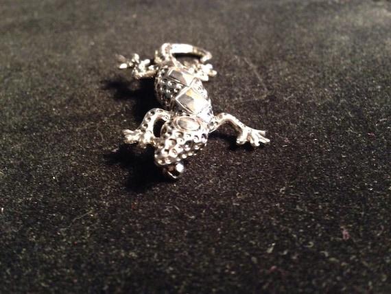 SalamanderLizard Metal Pin circa late 1980/'searly 1990/'s