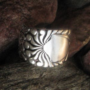 Diagonal Floral Antique Spiral Spoon Ring Size 10.25 R266 Western Skies Silver
