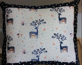 Deer nursery pillow, deer accent pillow, deer throw pillow, animal nusery pillow, reversible pillow, woodland animal pillow, baby gift