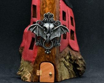 Crow skull gnome home