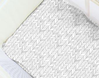 Featherland Gray Pack N' Play Sheet. Baby Bedding. Playpen Sheet. Minimalist Play Yard Sheet. Gender Neutral Playpen. Gender Neutral Nursery