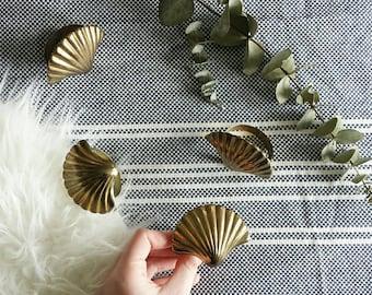 Brass Napkin Rings Napkin Rings Gold Napkin Holder Clam Shell Brass Napkin Holder Napkin Rings Vintage Napkin Holder Vintage Dinner Napkins