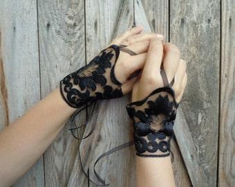 Black Lace Cuffs, wedding gloves, bridal cuffs, bridal gloves, wedding accessories,cuffs