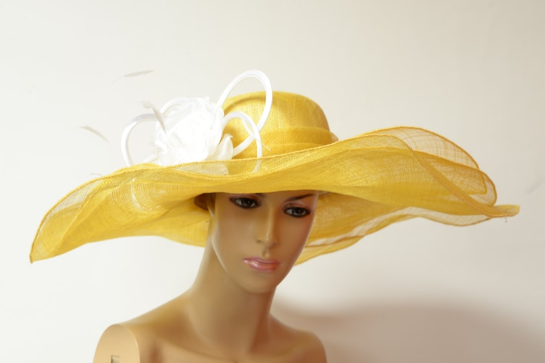 fe907a703ea35 2019 collection New High Quality Yellow White Sinamay Hat