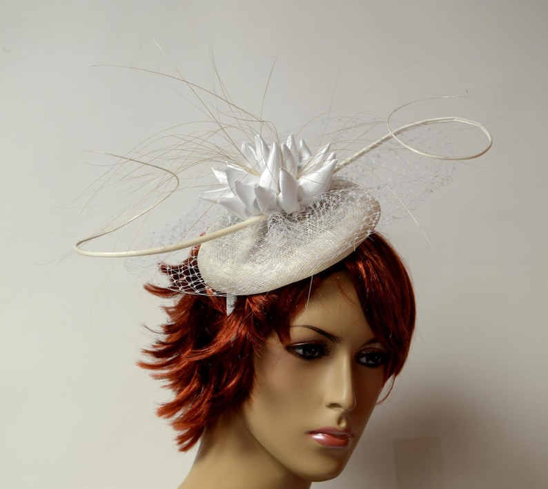 bee29fe723a50 2019 New collection White sinamay fascinator Kentucky Derby