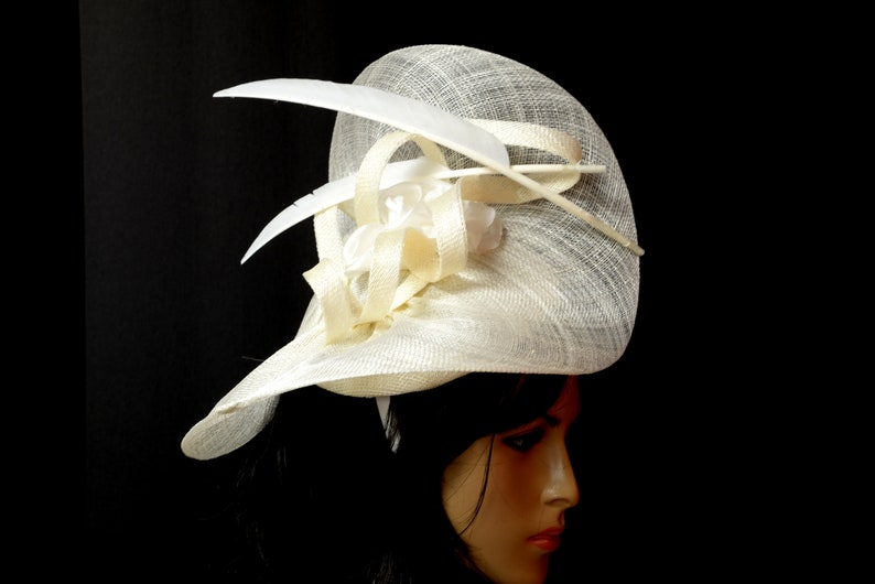 Dressy, Unique shape Fashion Wedding,Church,Formal Elegant New High Quality Ivory Sinamay Fascinator Beautiful Kentucky Derby Fancy