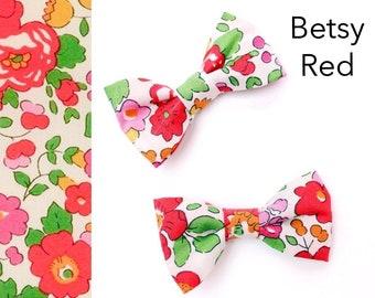 Liberty Print Mini Hair Bows - Pig Tail Bows -  Gifts for Girls - Liberty Print Hair Bow -  Betsy Blue - Bow clip - Baby Hair Bow