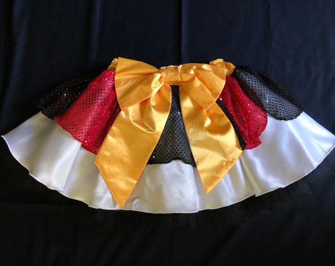 READY TO SHIP! / Hearts In Their Eyes Running Tutu Inspired by The Queen of Hearts