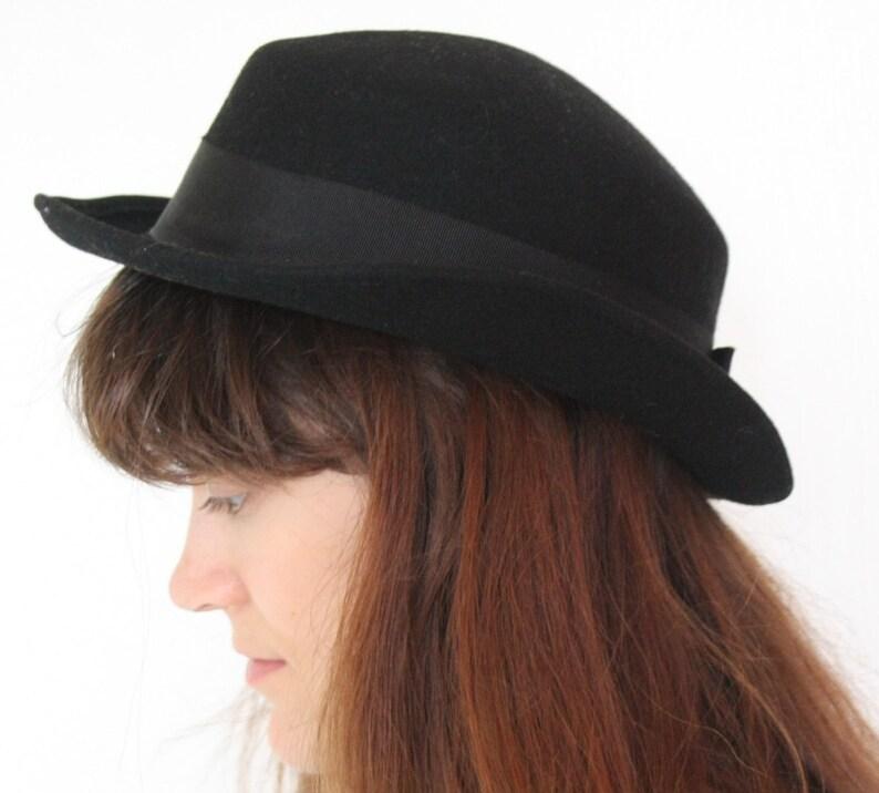 a117ec70b48313 Vintage black ladies bowler hat Cloche hat felt Retro hat | Etsy