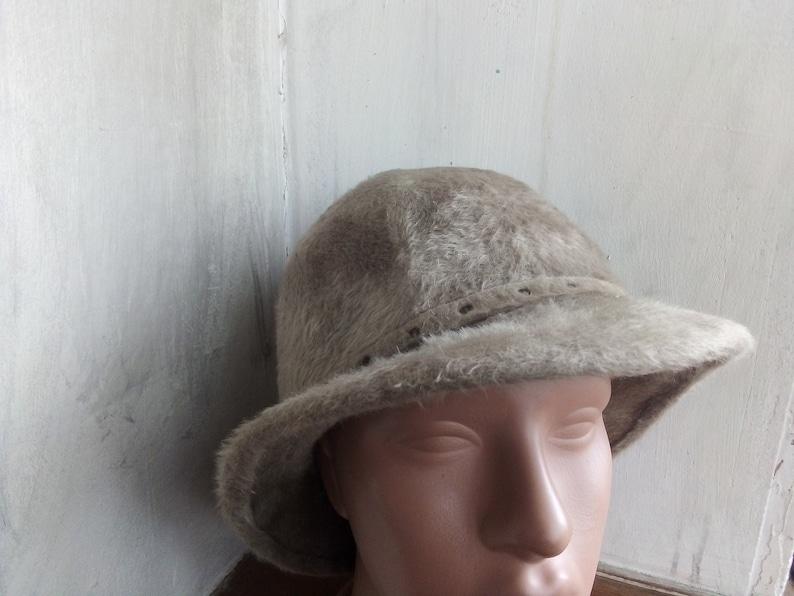 b18bb3d18 Vintage 50s Ladies Ecru cloche hat Fluffy felt womens Bowler hat Fall  Winter brim hat Hutsalon Erika bucket hat
