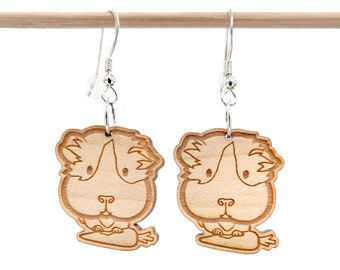 Earrings guinea pigs, guinea pigs in engraved and laser cut wood. Chonchon jewel. Choice of wood and frame color
