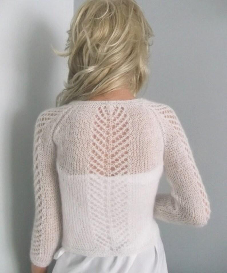 bia\u0142y sweterek do \u015blubu,
