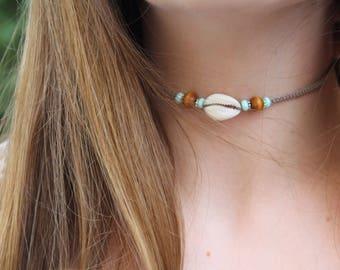 cowrie shell choker, shell hemp choker, cowrie shell necklace