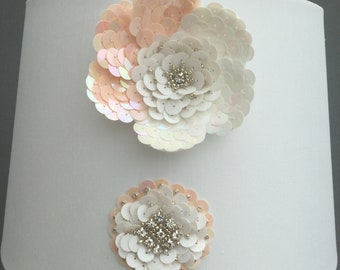 White and peach flower lampshade