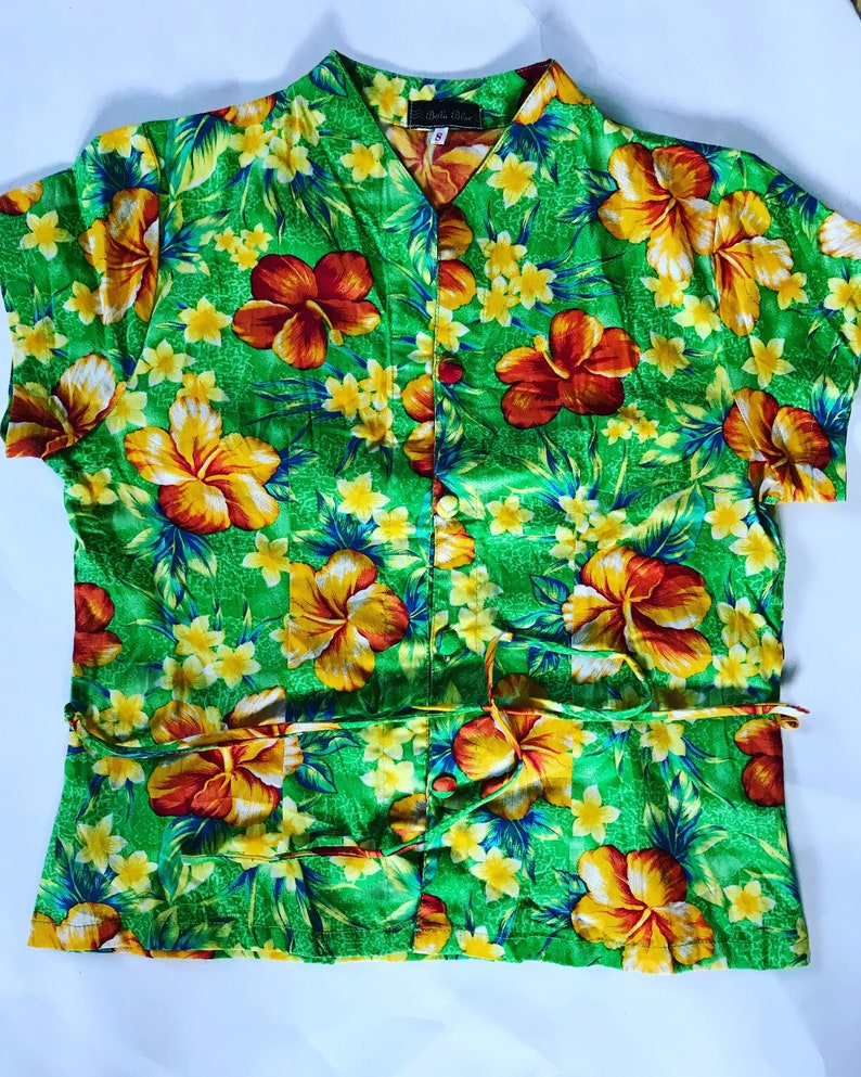 038a7ca2e7d67 Vintage Women Blouse   Floral Print   Shirt   Top   Shirts