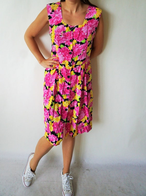 Vintage Summer Dress / Sarafan / Buttons down / F… - image 3