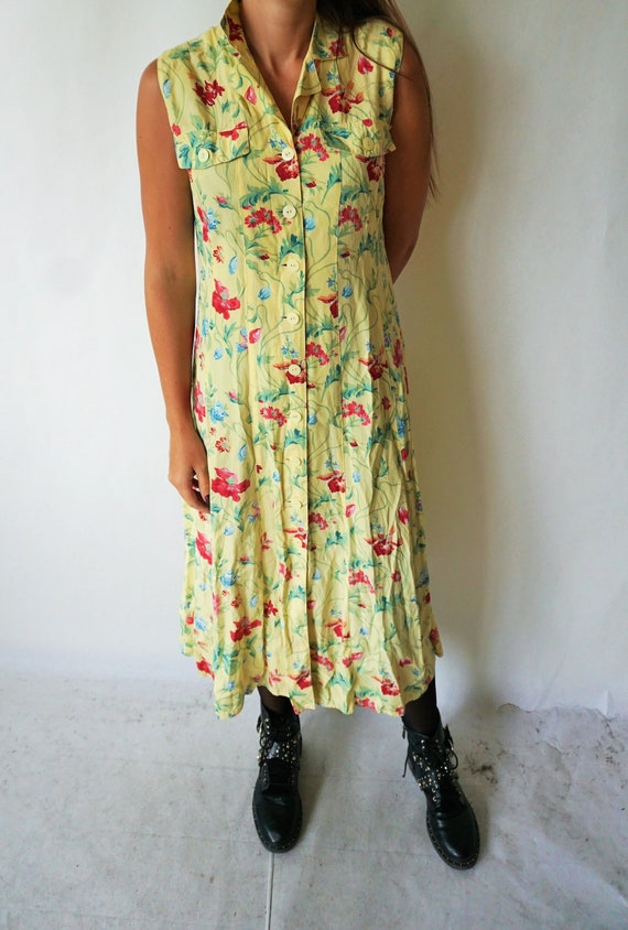 Vintage Summer Dress / Sarafan / Buttons / Floral