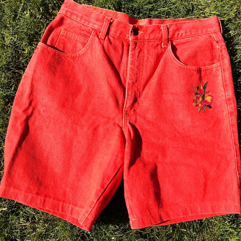 5c612cf7ee Vintage Womens Denim Shorts / Red / 46 / Embroidered / High Waisted / High  waist / Jeans / Pants / Sporty / Trousers / Made in Italy / Jean