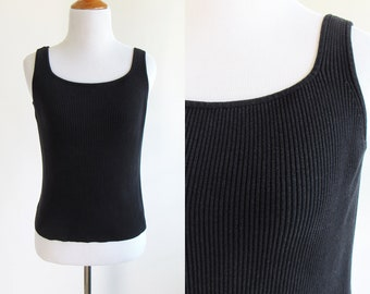 7f79d7157e924 90s Simple Black Ribbed Cropped Tank Top - 1990s Black Rib Knit Tank Top -  Simple Tank Top - Cropped Tank Top Ribbed 90s Style - Size Small
