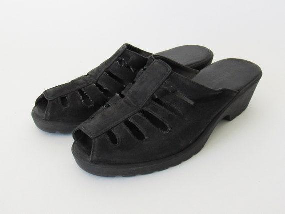 Black Open Back Sandals - Simple Low Heel 1990s St