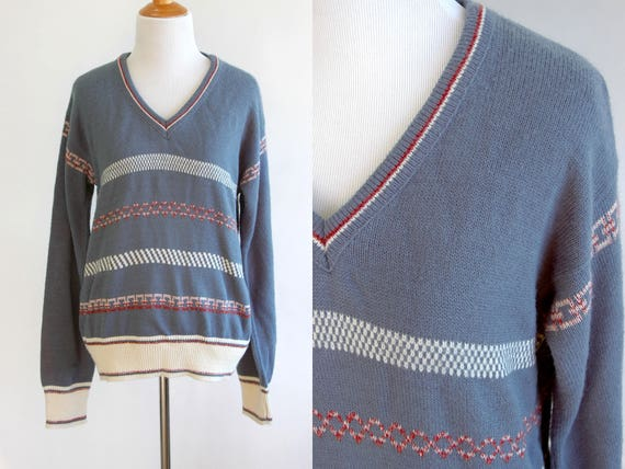 7b1555388d8cb3 70s 80s Blue Red and White V Neck Sweater Slouchy Sweater