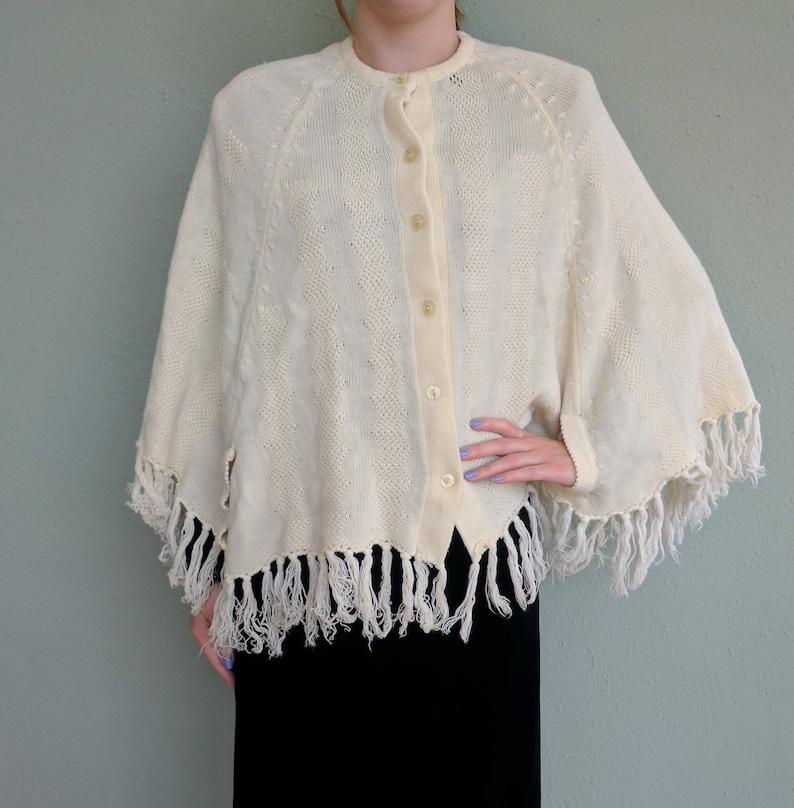 cfee7c9ab 1950s Cream Fringe Cape Shawl White Ivory Capelet Sweater