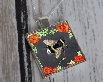 Christmas Gift Honey Bee Necklace - Bee Jewelry - Bumble Bee Necklace - Gift for her, bee keeper, bee lover gift, Pendant, Design Your Own