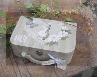Suitcase case for wedding