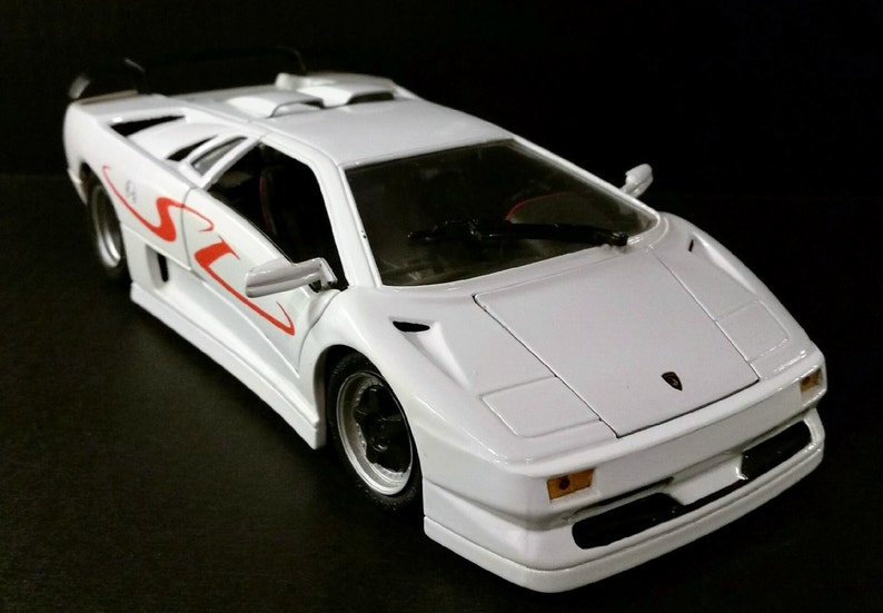 1990 Lamborghini Diablo By Maisto 1 18 Scale Model Die Cast Etsy