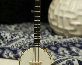 1//12TH SCALE DOLLS HOUSE BANJO WITH CASE