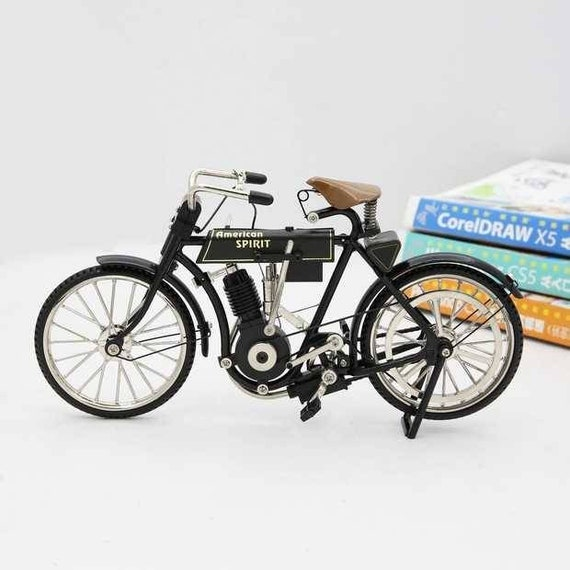 Fashion royalty 1:6 scale Dolls furniture motorcycle (only for motorcycle)